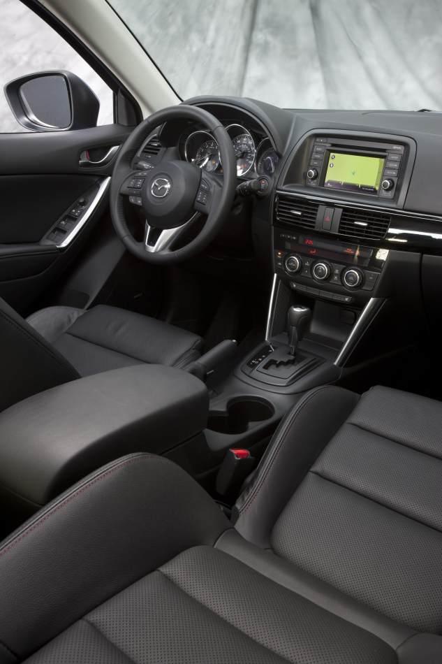 2013_Mazda_CX-5_04