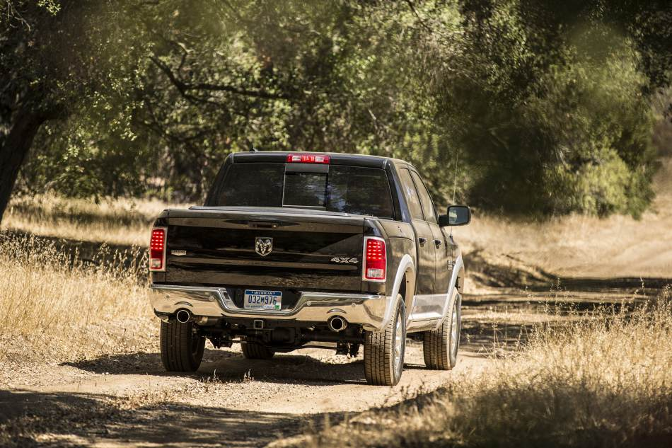 autoreviewers com 2014 ram 1500 28 mpg in a pickup yep auto reviewers. Black Bedroom Furniture Sets. Home Design Ideas