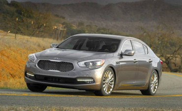 The 2015 Kia K900 is a high performance luxury sedan with 420 horsepower.