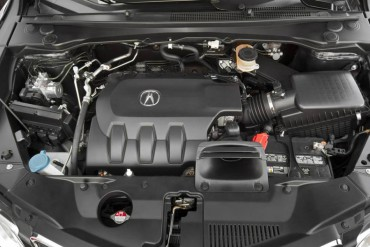The sole RDX engine is a smooth 273-hp 3.5-liter V-6.