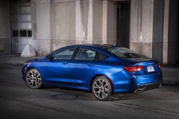 The 2015 Chrysler 200C is stylish and contemporary outside and roomy inside.