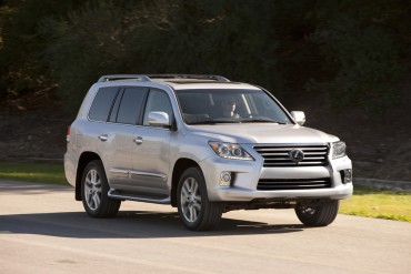 The 2015 Lexus LX570 is a traditional  SUV with equal parts of luxury and ruggedness.