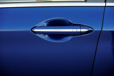 Attention to detail is everywhere on the Genesis as witnessed by this beautiful recessed door handle.