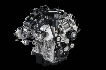 The optional 2.7-liter Ecoboost V-6 is small, but incredibly powerful and thrifty.