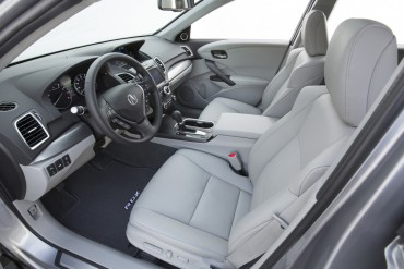 2016 Acura RDX interior features quality materials. Front seats are heated and cooled as part of the Advance Package.