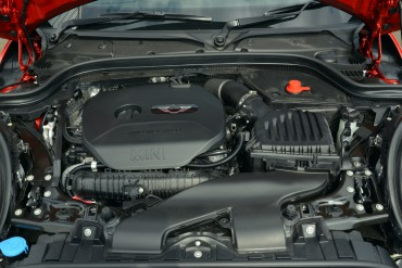 The turbocharged 2.0-liter 4-cylinder engine produces a spirited 189 hp.