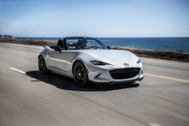 The all-new 2016 Mazda Miata is a blast to drive on sunny days. The car is very athletic.