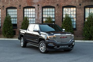 The 2016 GMC Sierra Denali is big and bold with a powerful 6.2L V-8.