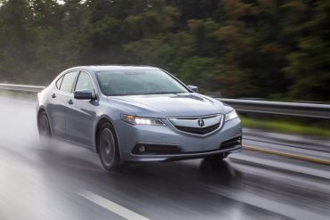 The great V-6 engine and SH-AWD traction system make the 2016 Acura TLX a perfect car for less than perfect weather.