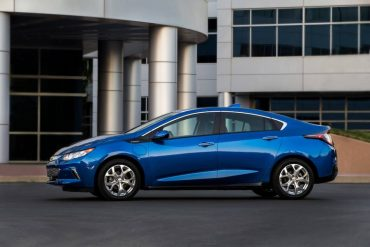The 2017 Chevy Volt is externally identical to the sharp 2016 model.