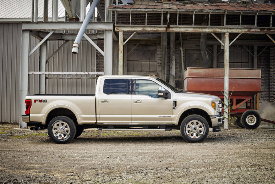 autoreviewers com 2017 ford f350 auto reviewers. Black Bedroom Furniture Sets. Home Design Ideas