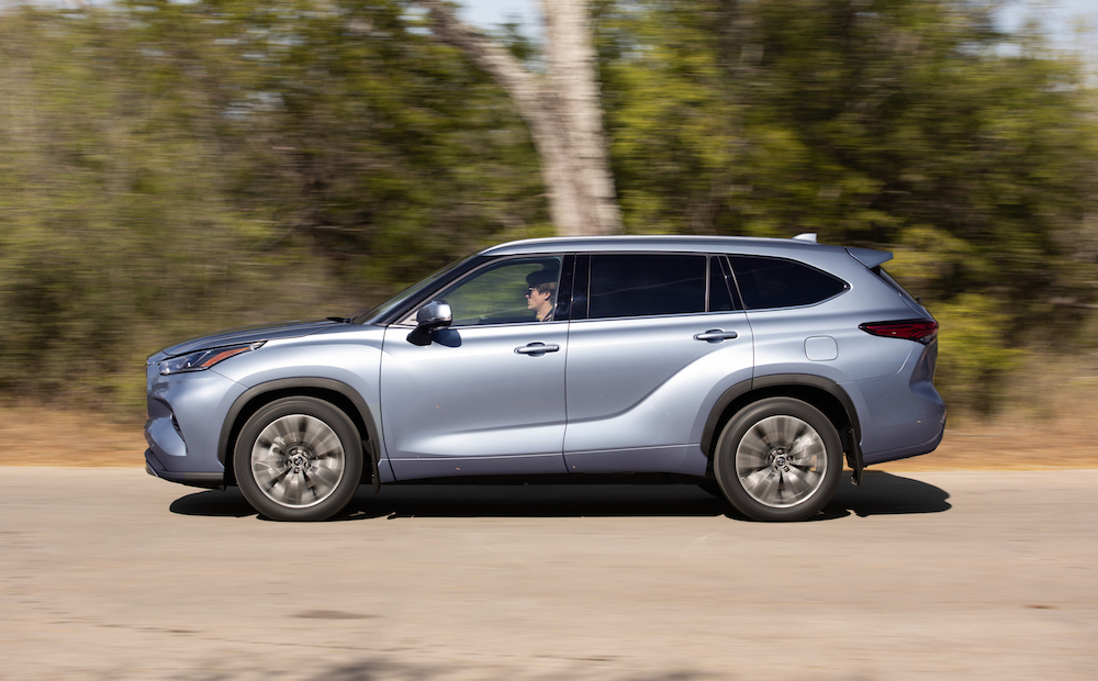 autoreviewers | 2020 toyota highlander | auto reviewers